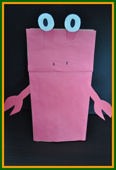 Paper bag crab puppet craft for kid