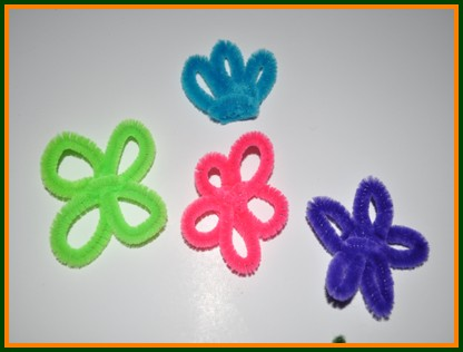 pipe cleaner flower petals