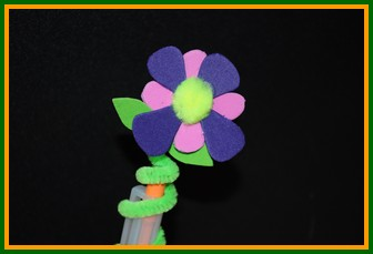flower pipe cleaner pencil topper