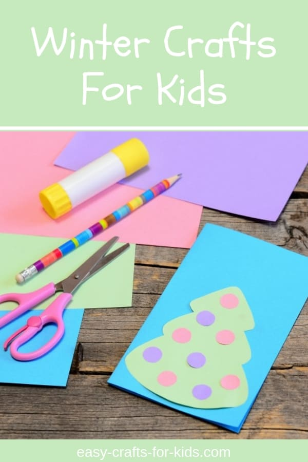 Need some simple but fun activities for your children during those cold winter days? These easy winter craft ideas for kids of all ages (toddlers, preschoolers, and even older ones) will keep them occupied for hours, and will encourage creativity too ;) #kidscrafts #easykidscrafts #easycraftsforkids #wintercrafts #wintercraftideas #simplecrafts #kidsactivities #teachers