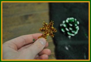 Pinecone Christmas tree step 3