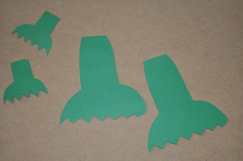 How to make frogs arms and legs with paper