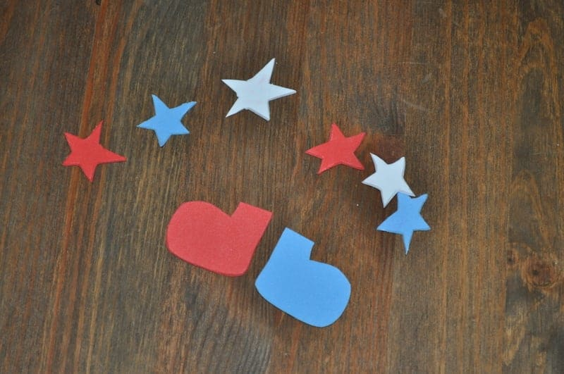 Cut out stars to decorate your cup