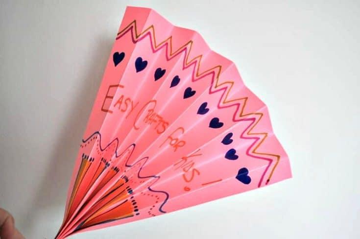 Folded Paper Fan - An Easy Paper Craft