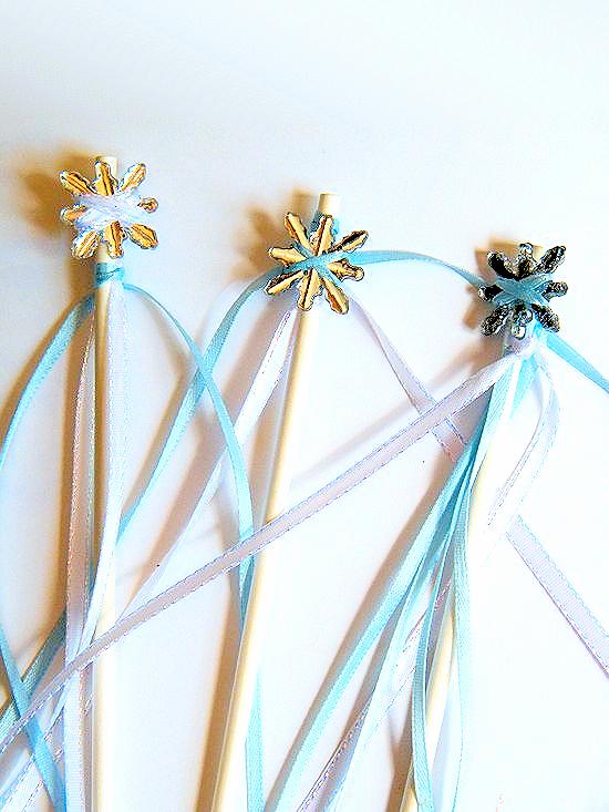 DIY Frozen Wands Craft | Our Kid Things