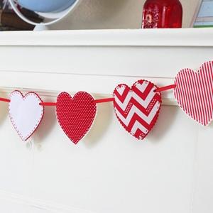 Valentine Craft Idea - Fabric Heart Garland