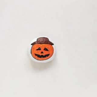 pumpkin halloween rock painting idea
