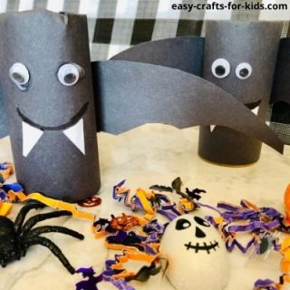 bat craft with toilet paper roll