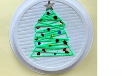 Christmas tree craft with yarn
