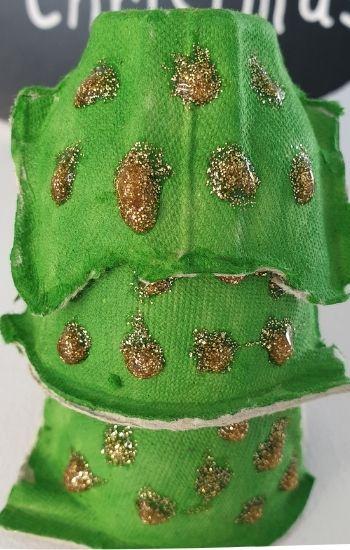 christmas tree egg carton craft