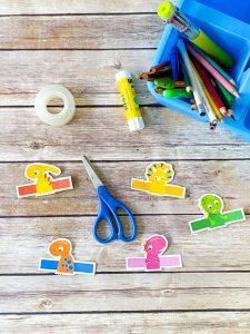 5 dinosaur finger puppets for kids