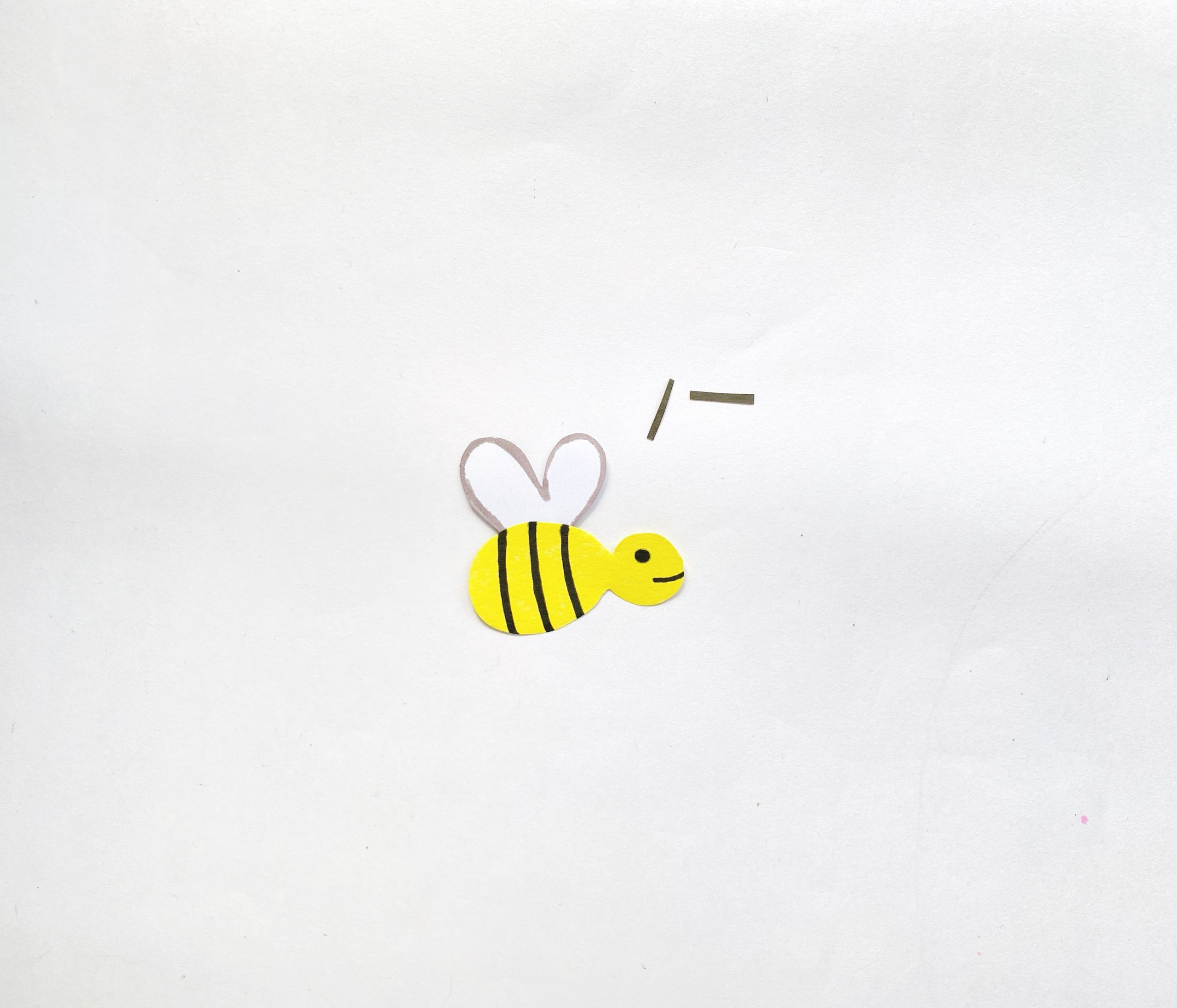 how to make a paper bee craft
