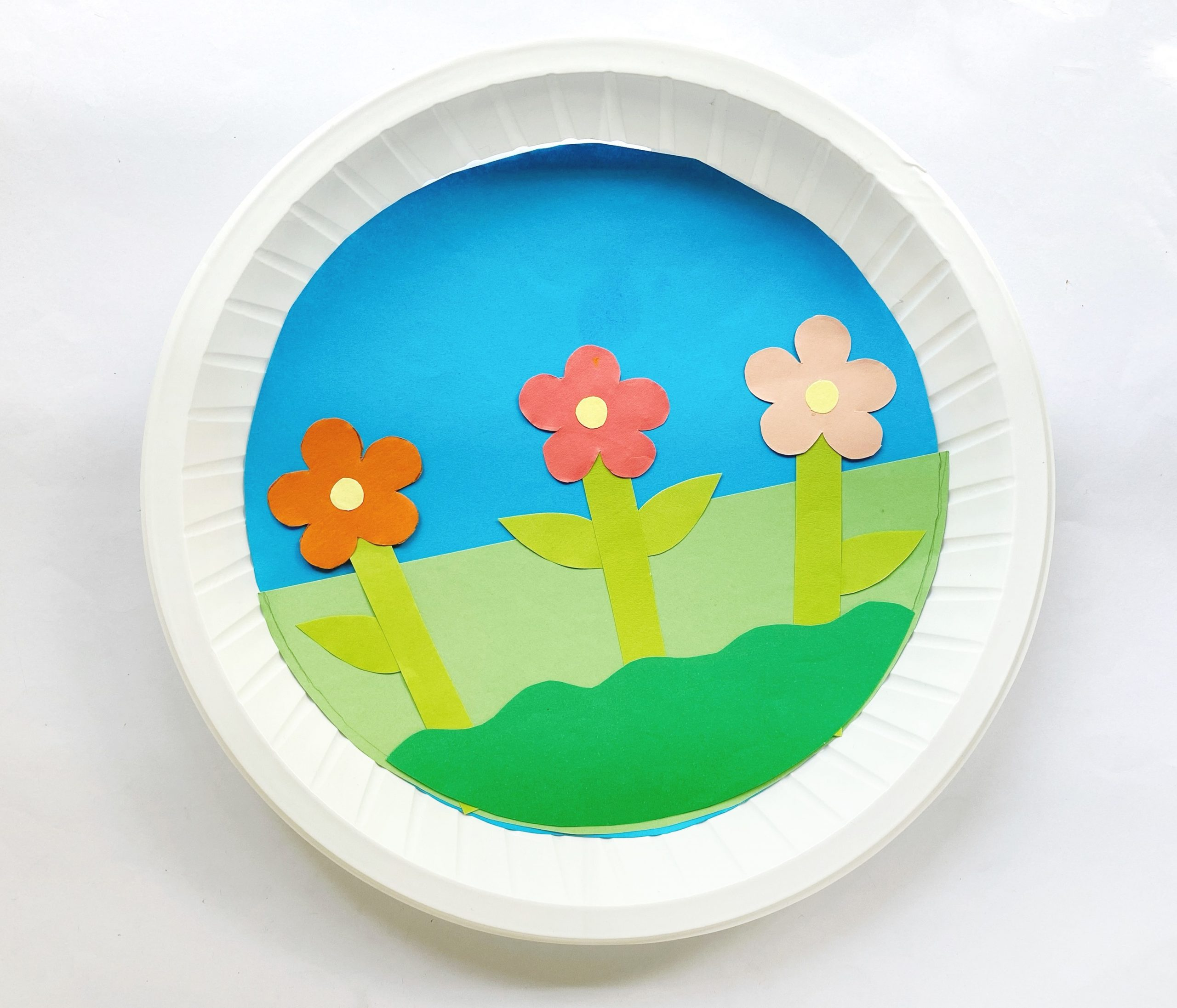 how to make a paper plate garden with flowers