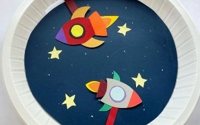 Space rocket craft with paper plate