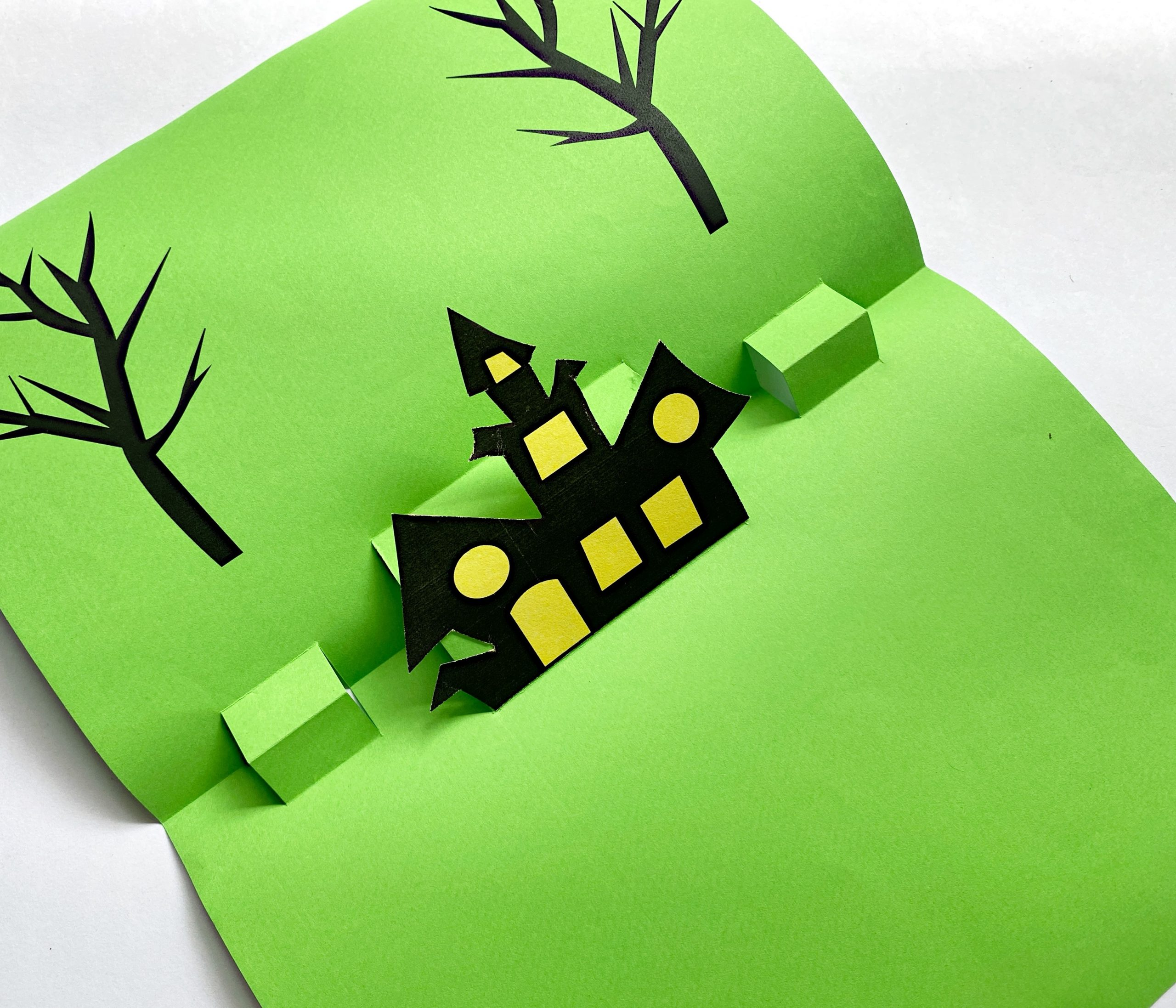 how to decorate a 3D Pop up card for Halloween