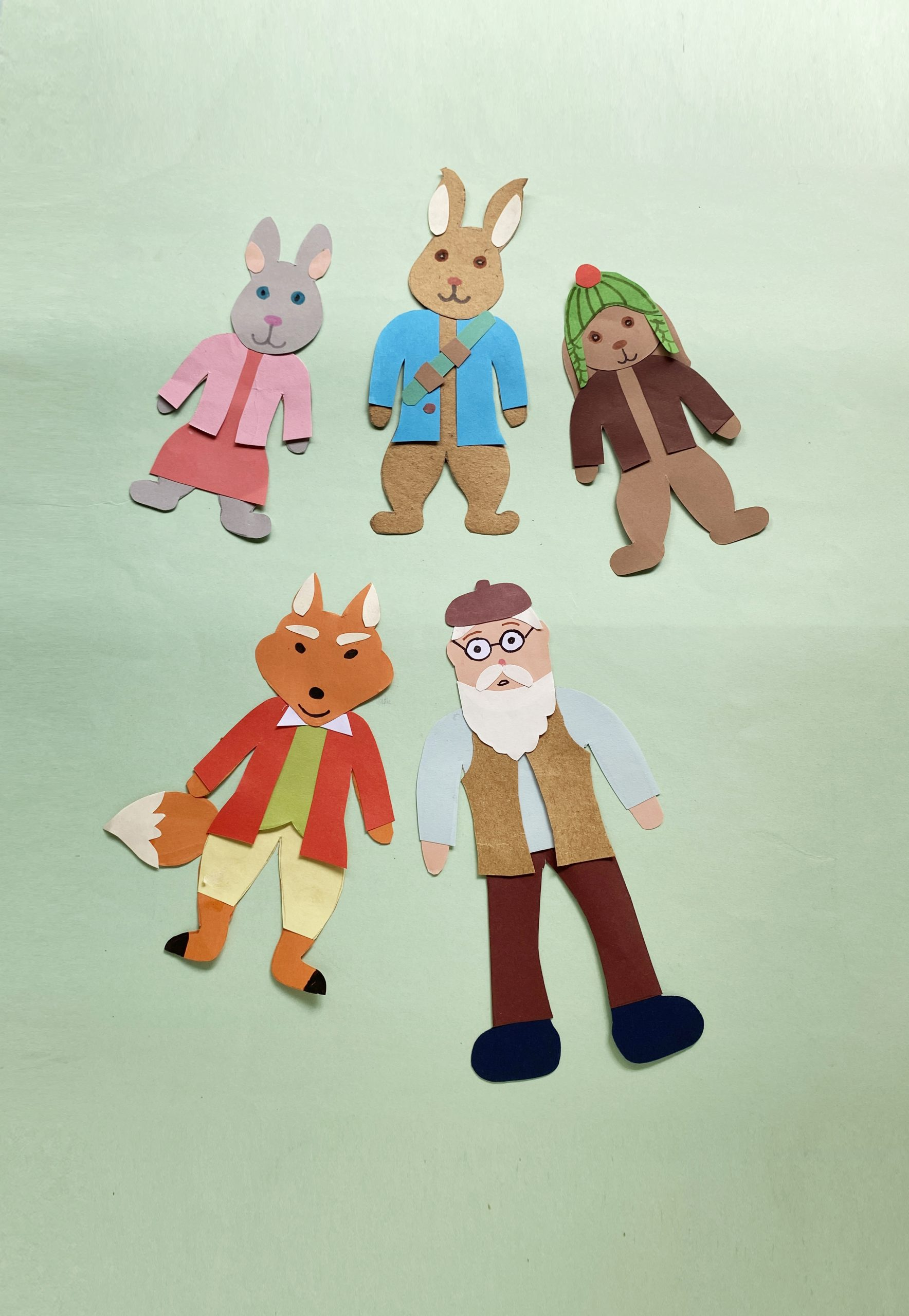 how to make Peter Rabbit puppets for kids