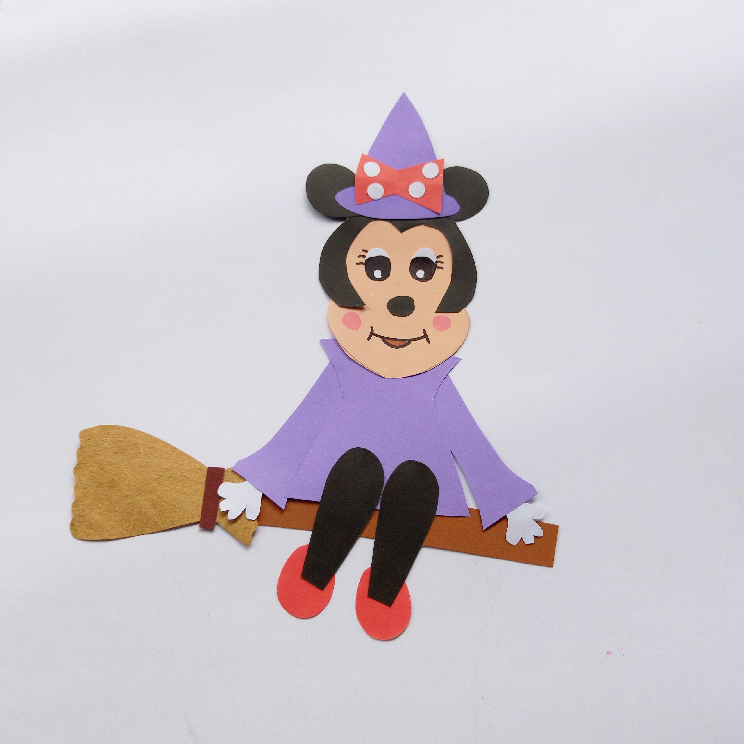 minnie mouse witch craft
