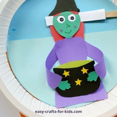 rolling eyes witch craft with paper plate