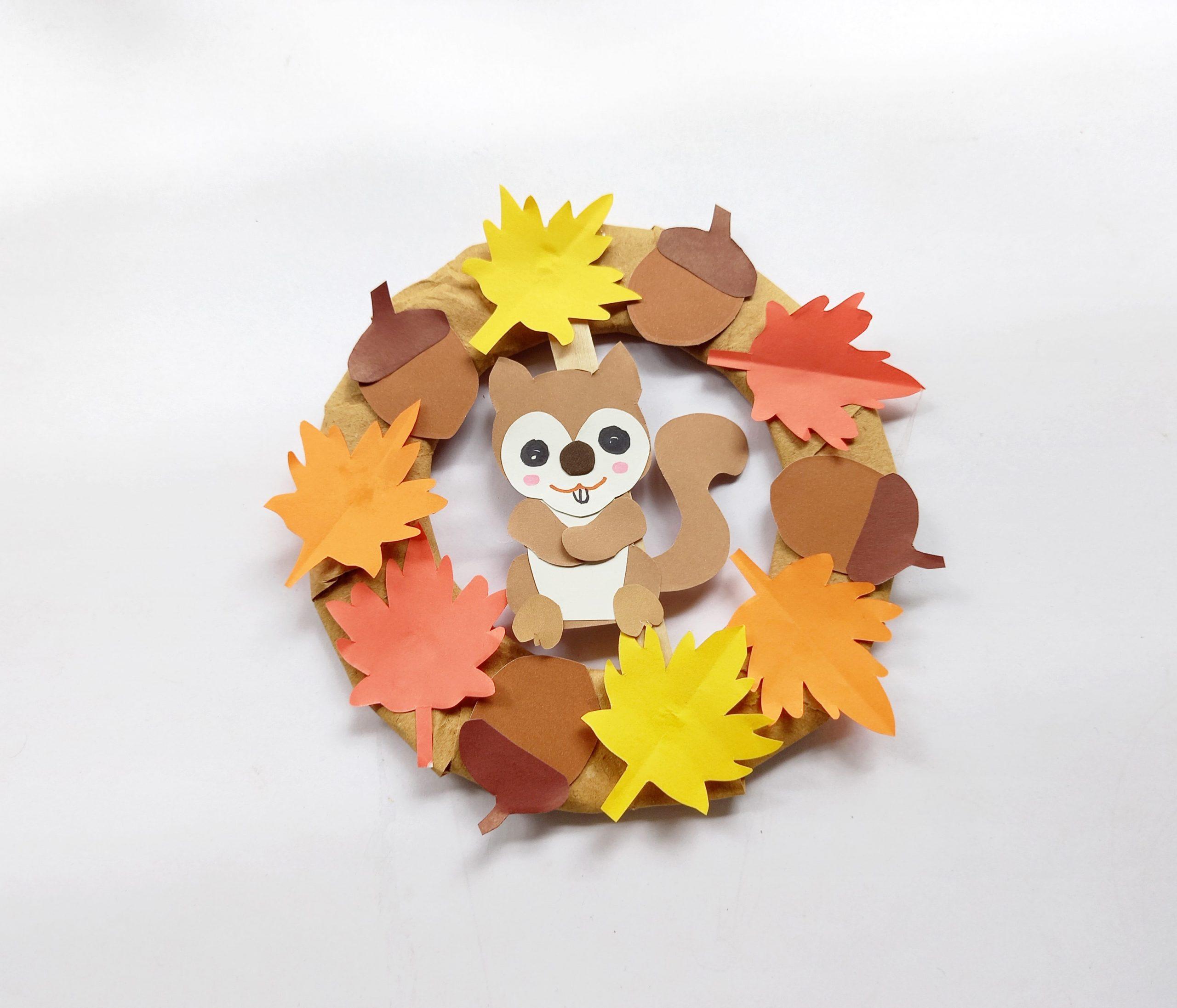 diy squirrel wreath for Fall