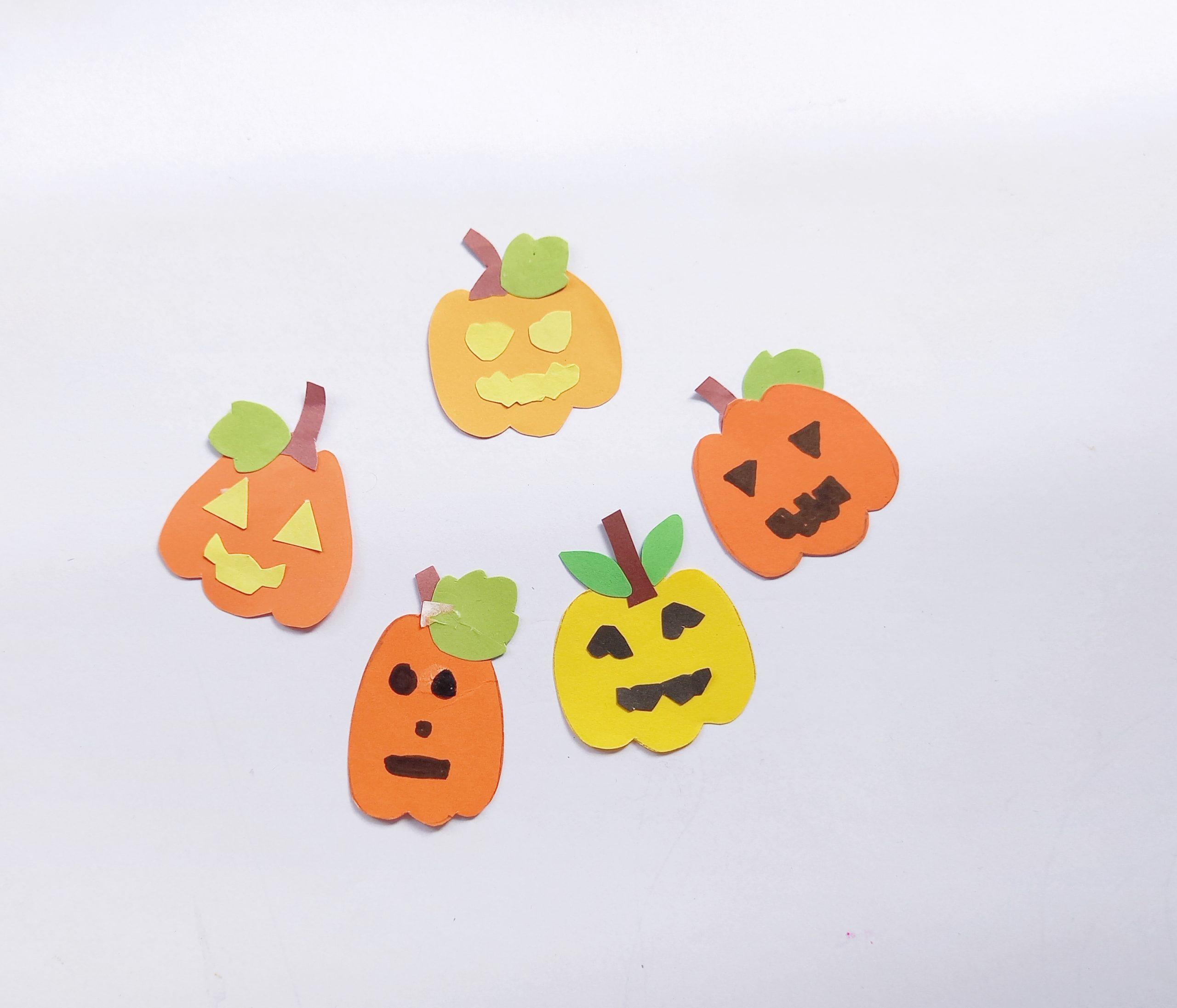 halloween paper pumpkins for wreath