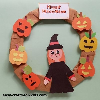 how to make a witch wreath